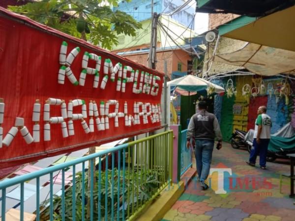 Salah satu kampung tematik yang terdapat di Kota Malang yakni Kampung Warna-Warni Jodipan. (Foto: Tubagus Achmad/JatimTIMES)
