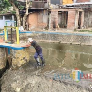 Pemkot Batu Beri Sanksi Adiministratif Pelaku Pencemaran Sungai Kebo Kota Batu