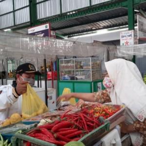 Kunjungi Pasar Rakyat, Ketua Komisi B DPRD Kota Malang Serap Aspirasi Pedagang