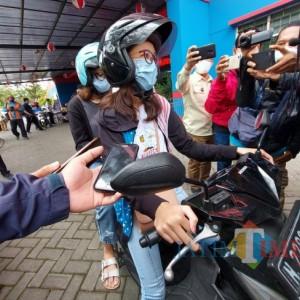 NIK Terpakai di Jakarta, Remaja di Malang Gagal Ikuti Vaksinasi Drive Thru