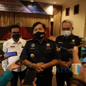 Diskominfo bersama Bea dan Cukai Kediri Sosialisasikan Peredaran Rokok Ilegal kepada Juru Warta