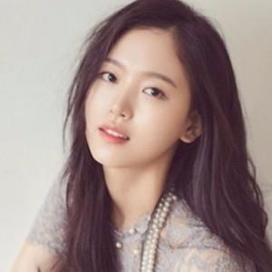Kang Han-na Perankan Vampir Modis di Drama Baru Bite Sisters, Tayang 19 Oktober