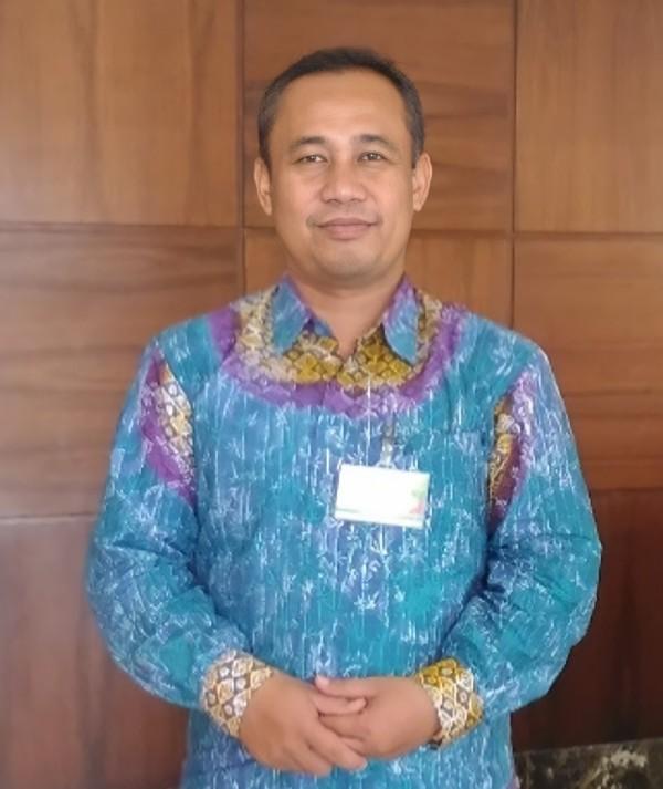 Lukman Ahmad Irfan, Dosen Universitas Islam Indonesia dan Pengasuh Majelis Ya Badi'