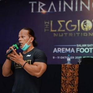 Arema FC Dilatih Atlet Peraih Emas PON Papua
