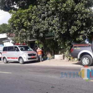 Antar Jenazah ke Trenggalek, Ambulans di Tulungagung Seruduk Motor