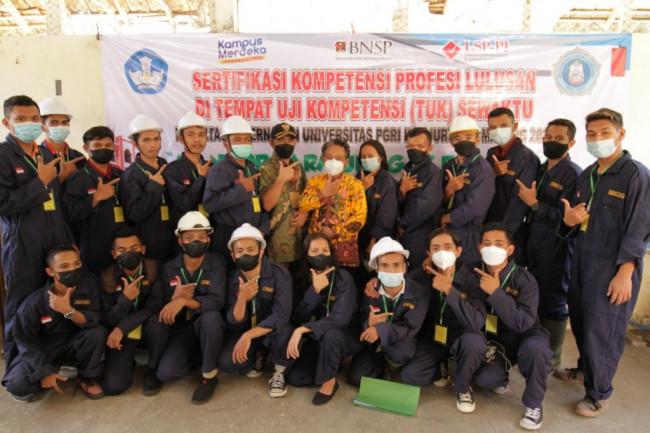 Para peserta uji kompetensi yang digelar oleh Fakultas Peternakan Universitas PGRI Kanjuruhan Malang (Unikama).