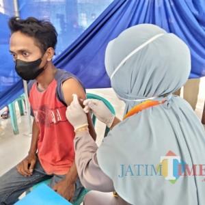 Kecamatan Kromengan Dapat Bendera Hitam, Kades Jatikerto: Vaksinasi Kita Hampir 80 Persen