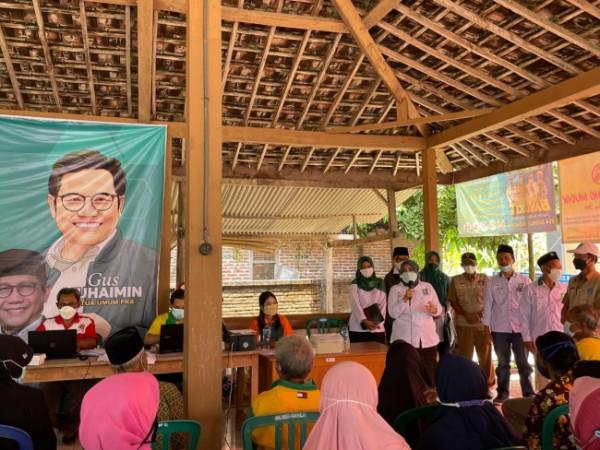 Sekretaris DPW PKB Jatim, Anik Maslachah
