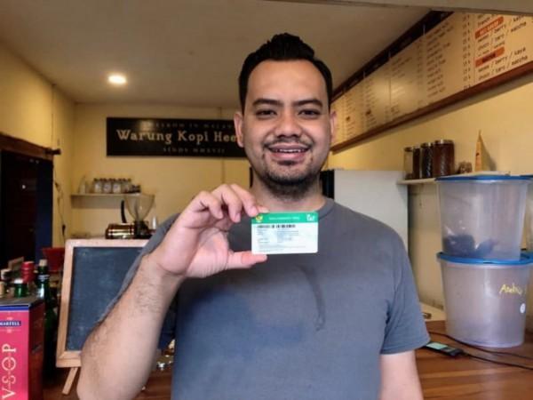 Salah satu peserta BPJS Kesehatan pemegang Kartu JKN-KIS yakni Muhammad Humaidi Sholeh. (Foto: Humas BPJS Kesehatan Cabang Malang)