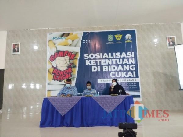 Seksi Kepatuhan Internal dan Penyuluhan Kantor Bea Cukai Probolinggo, Mila Rahmawati (Foto : Asmadi/JatimTIMES )