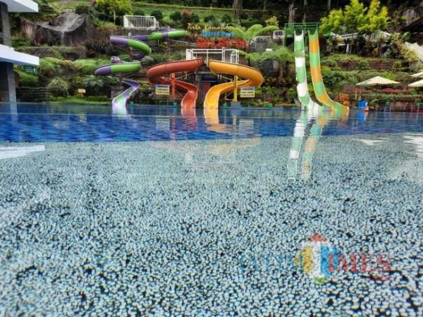 Water boom Taman Rekreasi Selecta. (Foto: Irsya Richa/MalangTIMES)
