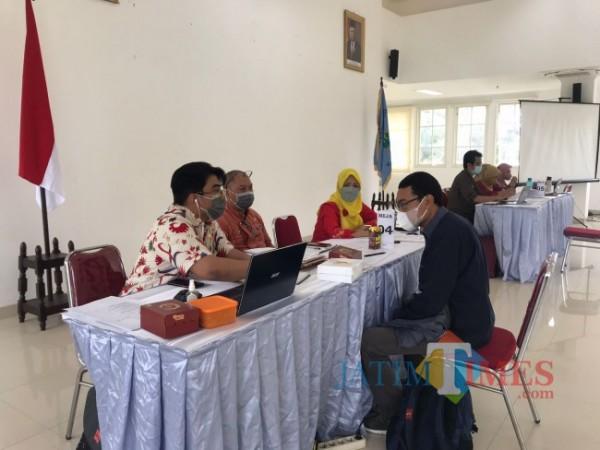 Suasana rekrutmen Laskar Perencana Bappeda Kota Malang di Mini Block Office, Kamis (14/10/2021). (Arifina Cahyanti Firdausi/MalangTIMES).