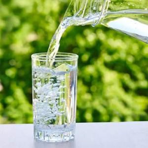 Minum Air Putih sebelum Salat Ternyata Punya Manfaat Hebat bagi Kesehatan