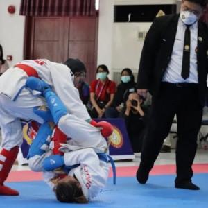 Sempat Cedera di Laga Final, Altlet Jujitsu Kota Kediri Raih Medali Emas PON XX Papua 2021