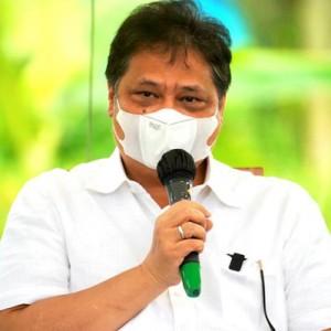 Lantik Pengurus DPD Golkar NTB, Airlangga Minta Seluruh Kader Bantu Pemerintah Atasi Pandemi Covid-19