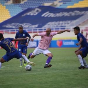 Lini Pertahanan Masih Jadi Problem Persik Kediri di Kompetisi Liga 1
