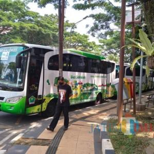 Antusias Siswa Naik Bus Halokes Kota Malang Tinggi