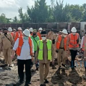 Bupati Salwa Tinjau Progres Pembangunan Pasar Induk, Ditarget Selesai Desember