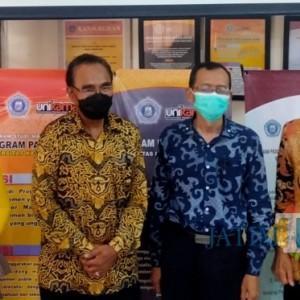 Semester Genap, Unikama Wisuda 833 Orang, Wakil Ketua MPR RI Ahmad Basarah Jadi Lulusan Peraih IPK Tertinggi Fakultas Hukum