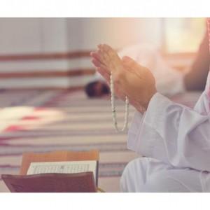 Mengapa Allah SWT Menunda Doa Seseorang yang Rajin Berdoa? Berikut Penjelasannya