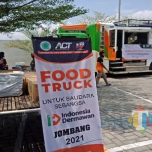 Hari Santri Nasional , ACT Jombang Layani Makan Gratis ke Masjid