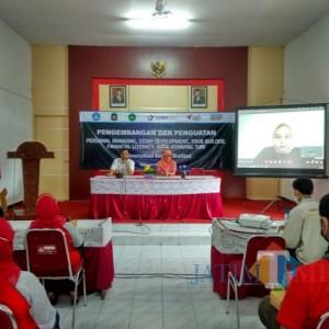 Wujudkan Program Matching Fund 2021, Unisba Blitar Beri Pelatihan Digital Marketing ke UMKM Batik Kembang Turi