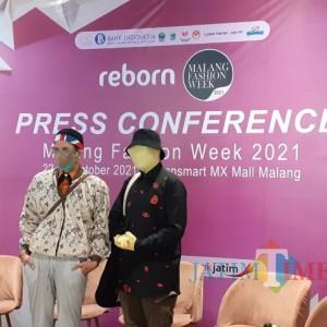 """Unik dan Jadi Trendsetter, Creative Director Aldré """"L"""" Tampil dengan Full Badan Tertutup di Malang Fashion Week 2021"""