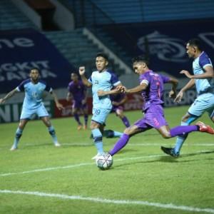 Bermain Menyerang, Persik Kediri Dipermalukan Persela Lamongan 0-1